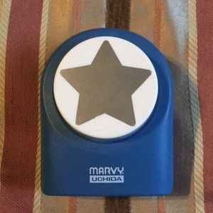 NWOT 2 inch star hole punch
